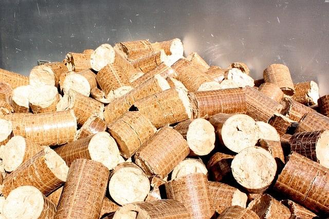 stufa a legna vs stufa a pellet