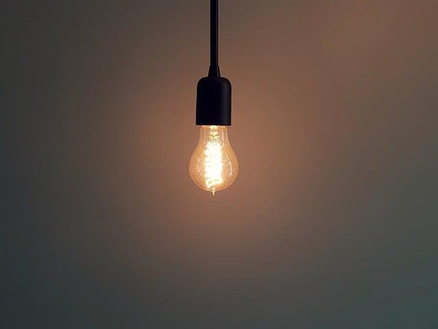 risparmiare sulla bolletta della luce e del gas